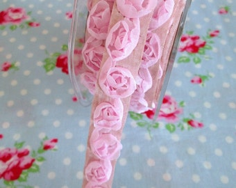 Adhesive Woven Rosettes Trim - Pink - 5/8 inch - 1 Yard