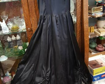Vintage Jessica McClintock Gunne Sax size 9 Black Satin Gown from Rustysecrets