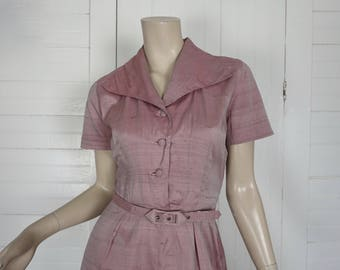 40s Dress in Frosted Pink- 1940s Iridescent Silk- Small- Dusty Mauve- Short Sleeve & Wing Collar