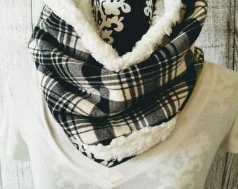 Flannel Cowl Scarf - Black and White Plaid