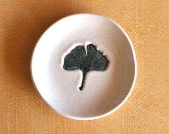 Ceramic GINKGO LEAF Dish - Handmade Round Porcelain Leaf Ring Dish - Wedding Ring Dish - Ready To Ship