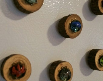 Wood Slice Handmade Glass Pebble Ornamented Refrigerator Magnets