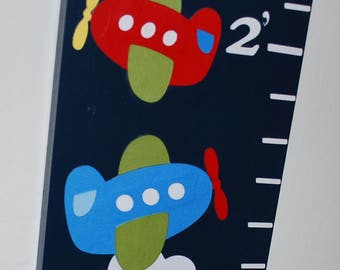 Wood Growth Chart . Airplanes . Makaio . on navy blue wood with planes