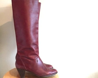 Tall Burgundy Leather Boot // Etienne Aigner // Size 8 // Vintage