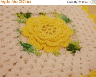 ON SALE Vintage Yellow Rose Doily, Beautiful Hand Crocheted Doily, Delicate Tiny Stitches, Vintage Antique Table Dressing, Display Doily