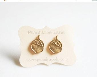 FINAL CLEARANCE Gold Acorn Earrings | Acorn Jewelry Woodland Jewelry | Bridal Jewelry, Forrest Themed Wedding |  Bridesmaid Jewelry | Weddin