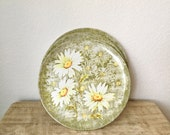 Melmac Daisy Pattern Plates by Laguna-Set of 4