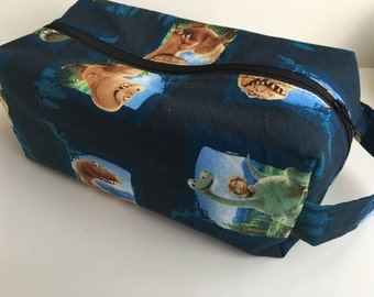 Boy Toiletry Bag, Kids Toiletry Bag, Girl Toiletry Bag, Vacation, Toiletry, Travel Bag - Dinosaur