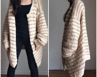 Huge Sweater, Bulky Cardigan, Chunky Cardigan, Boucle Cardigan, Oversize Cardigan Sweater, Vintage Sweater Large XL Plus Size
