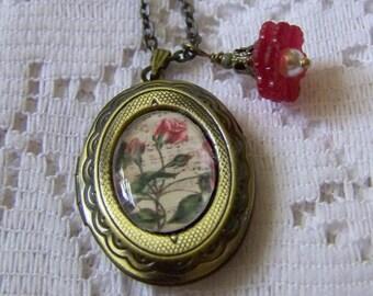 Red Rose Buds Locket - Antiqued Gold Locket - Sheet Music - Memory Locket - Gift for Mom - Wearable Art Locket - Red Roses - Valentine Gift