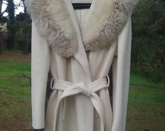 Vintage 70s 80s White Wool Faux Fur Coat Jacket Womens Medium Large Winter Fall Outerwear Knee Length