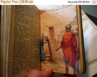 SALE Vintage - New Testament and Psalms- Leather Bound Bible - 1940s antique illustrated edition