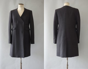 Fitted long coat | Grey wool jacket | 1990's by cubesvintage | Small to medium