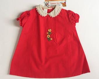 "Vintage 1960s Girls Size 2 Dress / A-Line Dress Deadstock / b27"" L18"" / Red Cotton Embroidery Applique Crochet Trim"