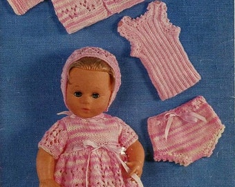 DOLL' S KNITTING Pattern - Complete Layette - Doll dress, jacket, vest, panties and bonnet  - Suitable for Prem baby