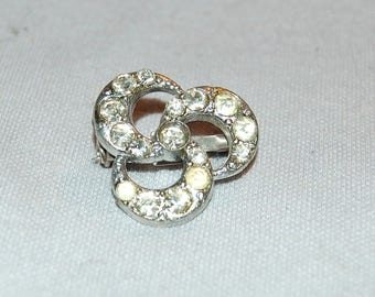 Rhinestone Brooch Signed, AJC Clear Sparkling, Vintage Old  jewelry