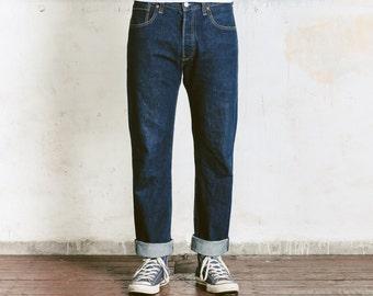 Levis 501 33 34 SELVEDGE Denim Jeans . Redline Raw Denim LVC Repro Levis Vintage Clothing Dark Wash Indigo Blue Selvage Denim . W33 L34