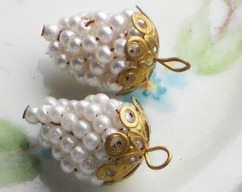 Vintage Grape charms,grape Cluster charms,grape  Pendant,Pearl Charms, Filigree Charms, grape Drops.Dangles.grapes, Charms #1555