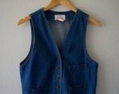 40% off Sale// Vintage 70s LEVI'S Classic DENIM Cotton Vest (m-l)