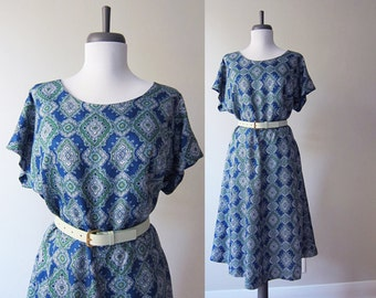 Vintage 1960s Dress / Medallion Diamond Print Fit and Flare Dress / Size Large / Size XL / Plus Size