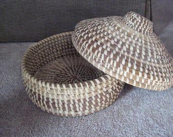 "Vintage Sweetgrass  Gullah South Carolina lowcountry lidded basket-large-11""wide"