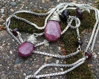 Sterling Silver Lariat Necklace with Indian Ruby and Garnet