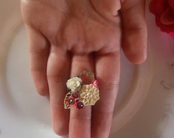 Cream and roses .collection shabby chic vintage assemblage ring