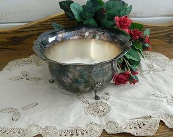 Wm Rogers Silver Plate Serving Bowl - Vintage International Decorative Planter