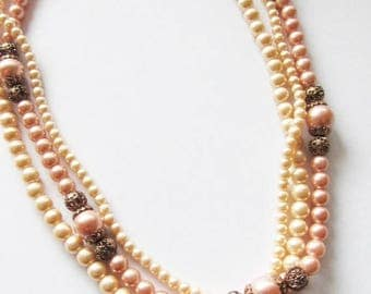 40% OFF SALE Vintage 1950's Beaded Necklace / Layered Creamy-Ivory & Mauve Pink Faux Pearl Choker Necklace Bridal Wedding