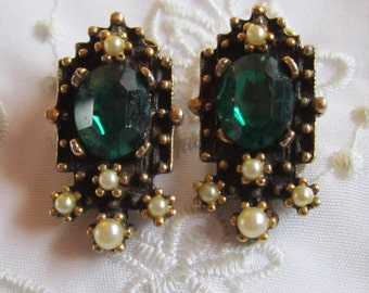 Vintage Gold Tone Clip On Earrings with Faux Pearls and Large Emerald Green Faceted Rhinestone