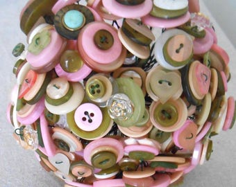 PRINTEMPS Parisian Pink Ivory and Green Vintage Button Bouquet for Alternative Wedding Home Decor or Gift OOAK