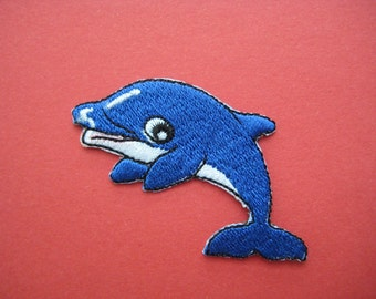 SALE~ 2 pcs Iron-on embroidered Patch Dolphin 2.25 inch