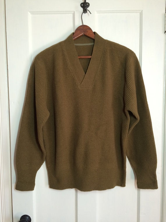 Vintage 1940s WWII Army wool Sweater looks size M-L Army Green Brown V-neck Pullover long cuffs