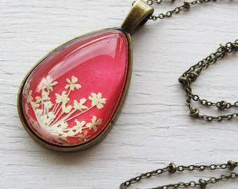 Real Pressed Flower Necklace - Coral and White Queen Anne's Lace Botanical Teardrop Necklace