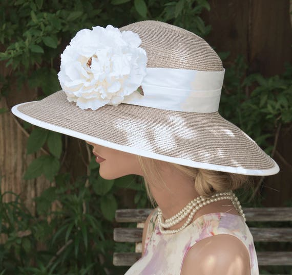 Women's Taupe Hat, Wedding Hat, Derby Hat, Formal Hat, Church Hat, Ascot Hat, Audrey Hepburn Hat, Dressy Hat, Ladies Hat Mother of Bride Hat
