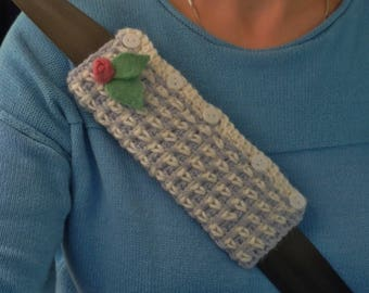 CAR SEATBELT  sleeve / cover ( padded ) . A super-soft wool/ alpaca blend. Gingham effect . ...UK seller....  ready to ship