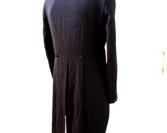 Vintage 90s Black Tuxedo Tails Jacket - Men's Black Cutaway Tuxedo Jacket - Steampunk Goth Mens Tux Jacket with Tails - Size 40 L