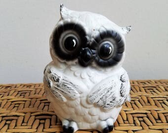 Vintage Owl Ceramic Statue White Black, Chubby Big Eyed Bird, Retro Woodlands