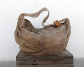 80s Brio Beige Slouchy Leather Hobo Shoulder Bag Hippe Boho Bohemian Cross Body Bag