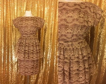 Vintage 1950s Lace Dress // Brown Peplum Dress // 50s Tiered Cocktail Dress // Vintage Holiday Party Dress // Large XL Dress
