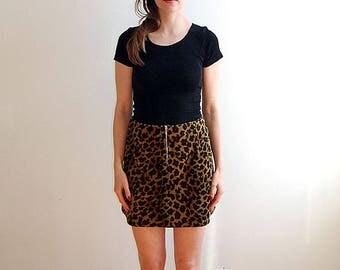 vintage leopard print mini skirt