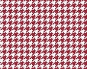 Crimson Houndstooth Cotton Fabric in Yard, 3/4, Half and 1/4 Medium Size Herringbone for Quilting Sewing Applique by Riley Blake Alabama Fan