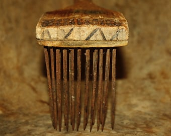 Antique Carved Wooden Flax Carding Comb; Heckle, Hetchel, Primitive 19th Century Handmade Linen Making Tool