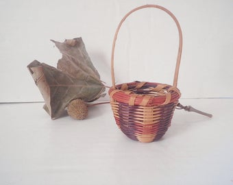 Vintage Cherokee One Egg Basket Honeysuckle & Oak Native American Qualla