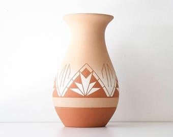 Vintage Southwestern Native American Sioux Pottery Vase by High Elk