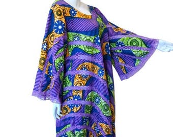 Tribal Print Caftan with Inset Lace, Pieced Dress, Bright Colors Vintage 1970s, XL Plus Size 44 inch chest
