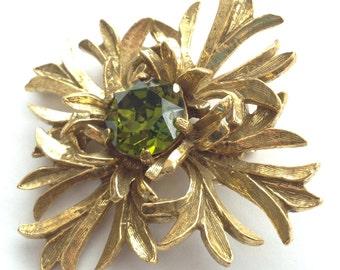 Vintage Benedikt NY Brooch Large Green Rhinestone Gold Tone Flower
