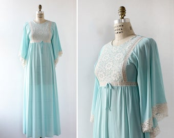 Vintage Nightgown S • Butterfly Sleeve Dress • Long Nightgown • Vintage Lingerie • Blue Lingerie • Vintage Maxi Dress • Flowy Dress | D963