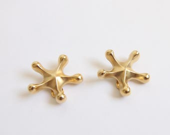 VINTAGE 1980s Big Earrings Gold Star Clip On