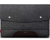 MacBook Pro 15 (2016; withTouch Bar) sleeve 100% wool felt, vegetable tanned leather Hampshire